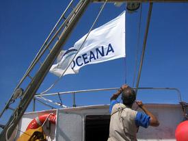 Oceana_flag_boat