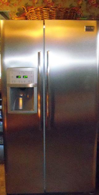 Frigidaire Refridgerator