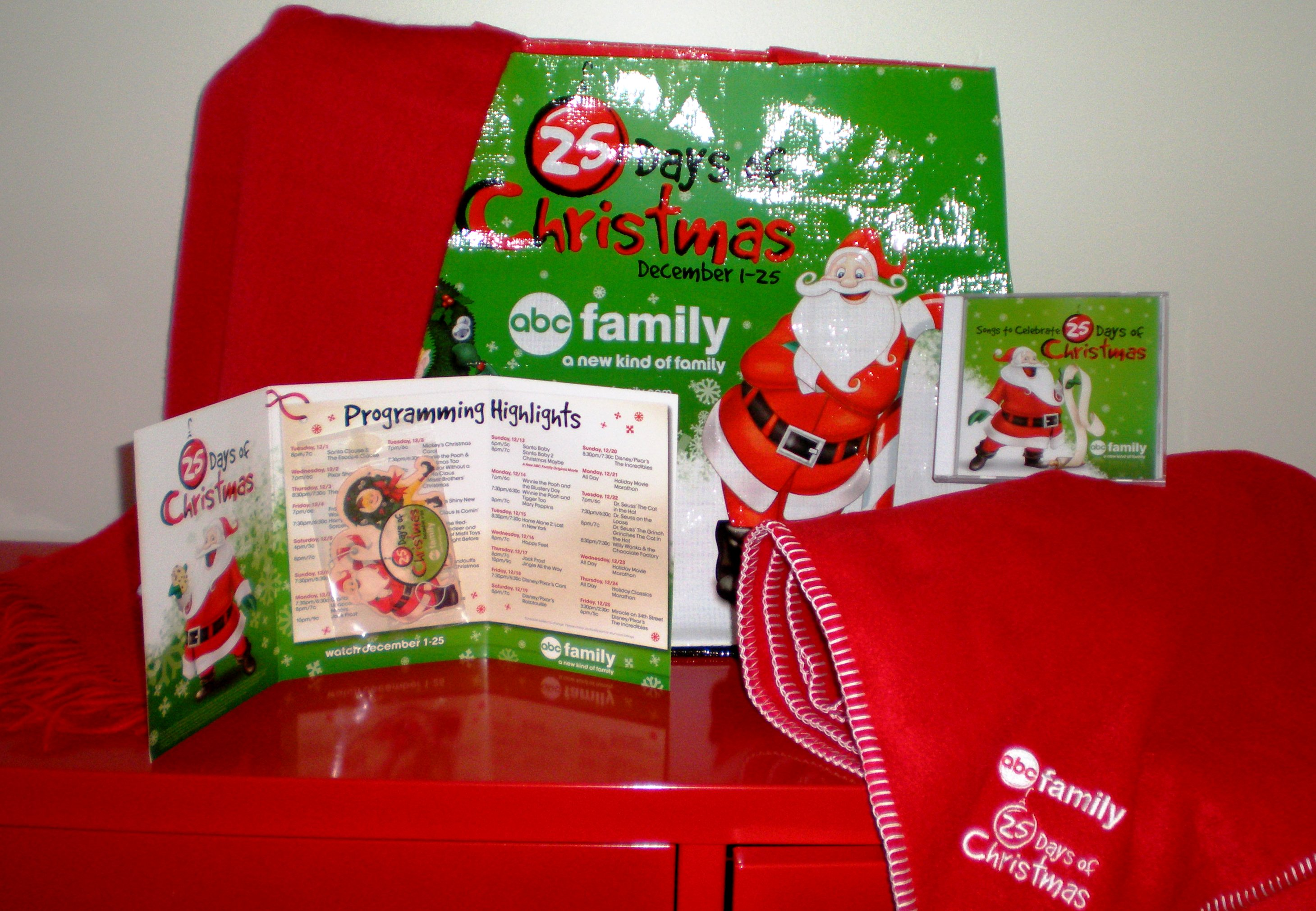 the abc family prize pack includes a 25 days of christmas soundtrack blanket scarf and large sized reusable grocery bag and we are so excited to be able - 25 Days Of Christmas Abc Family