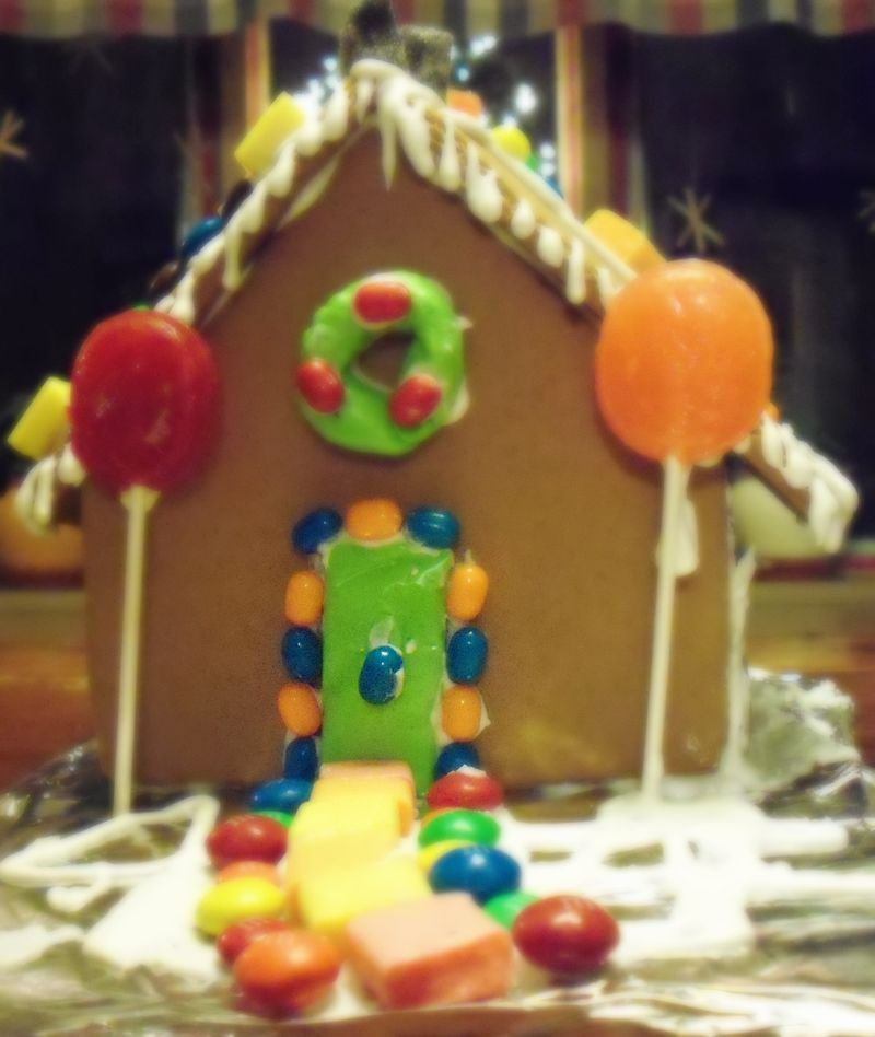 This Full House in Gingerbread-1
