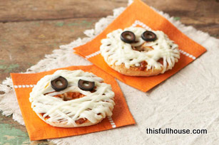 Mummy-Face-Pizzas_large