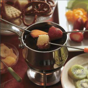 Teencuisine chocolate fondue