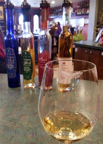 Ice wine tasting @CasaLargaWinery