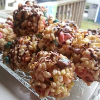 Loopy Krispies Treat