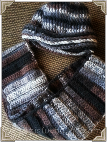 Crocheted hat with matching infinity scarf 2
